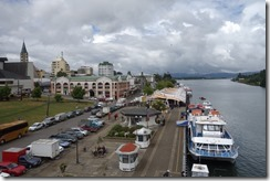 Valdivia town and river