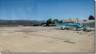Hustle & bustle at Bariloche airport