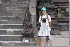 Hard hat & sarong - not really a winning look!