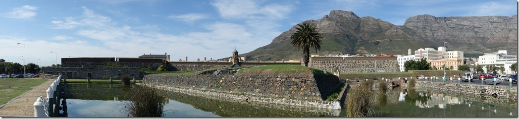 Looking around the Castle to Table Mountain