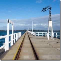 Stations along the length of Busselton jetty