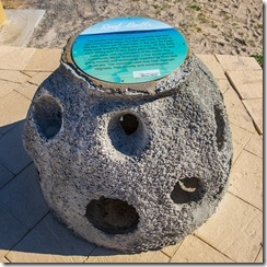 Concrete ball for the snorkelling route