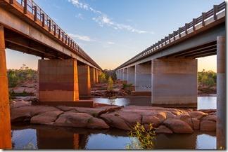 Parallel bridges over the Ashburton river